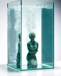 Waiting in Water - 23.6 x 15.7 x 15.7 in / 60 x 40 x 40 cm